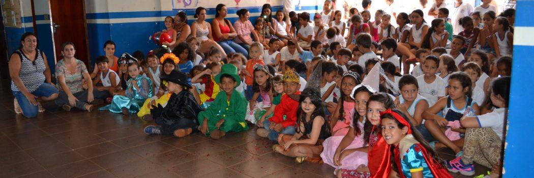 Escola Martiliano José Gouveia comemora dia do Livro