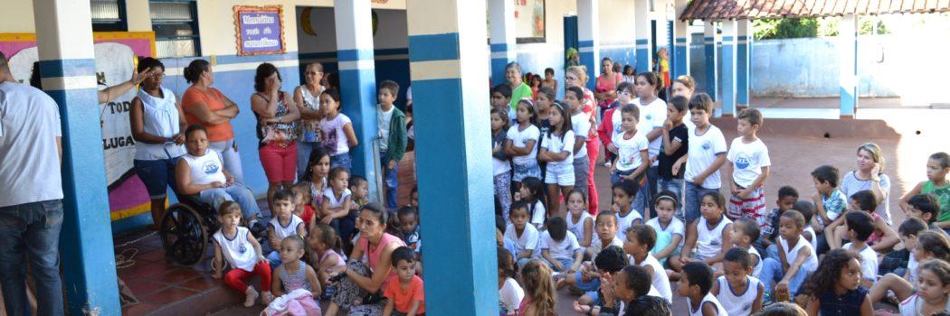 Dia da Merendeira foi comemorado na Escola Maria Gouveia Saad